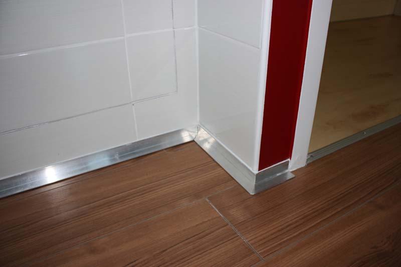 wc et salle de bains r nov s voiron a demeure services izeaux 38. Black Bedroom Furniture Sets. Home Design Ideas
