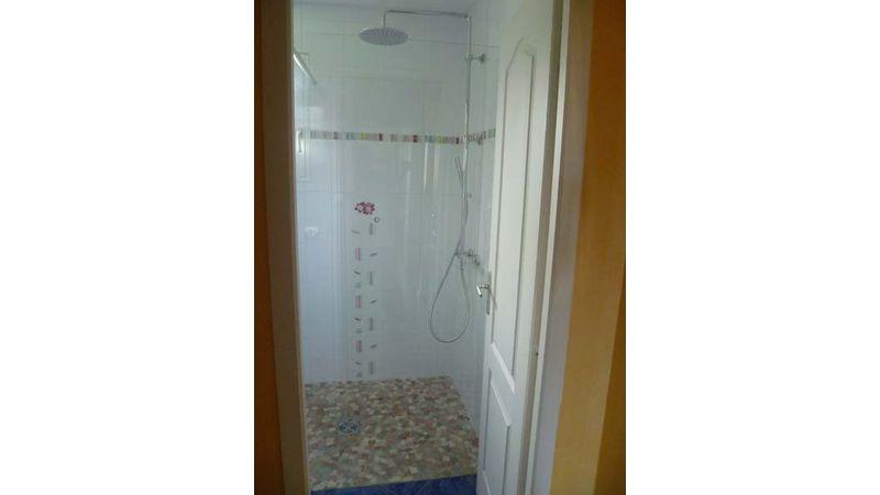 Pose d'une douche à l'Italienne à Moirans