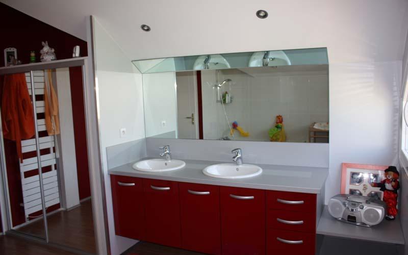 WC et salle de bains rénovés à Voiron