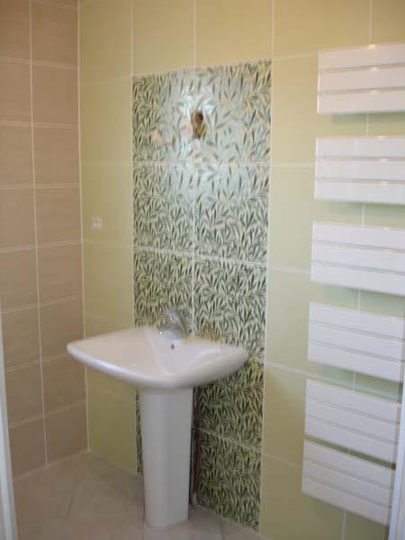 Salle de bains saint etienne de saint geoirs a demeure for Salle de bain saint etienne
