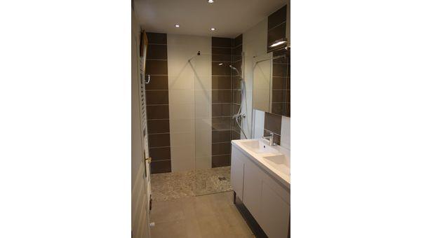 Rénovation d'une salle de bain à Saint joseph de rivère