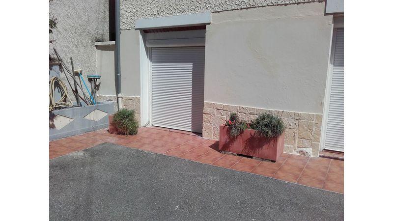 Habillage d'une façade à Apprieu